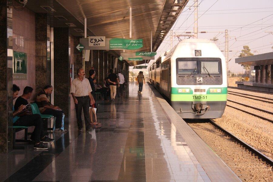 افزایش فاصله حرکت قطارهای خط 5 در روز آدینه 12 مهر ماه 98