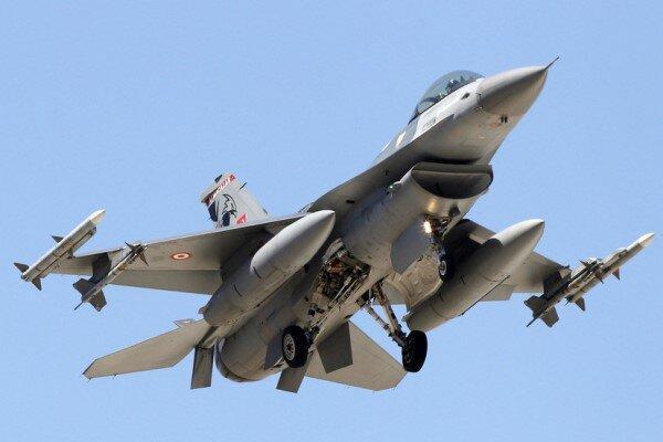 آغاز حمله هوایی ترکیه به مواضع کُردها در سوریه، ظریف انتقاد کرد