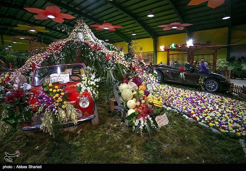 بازدید گردشگران هفت کشور از نمایشگاه گل محلات