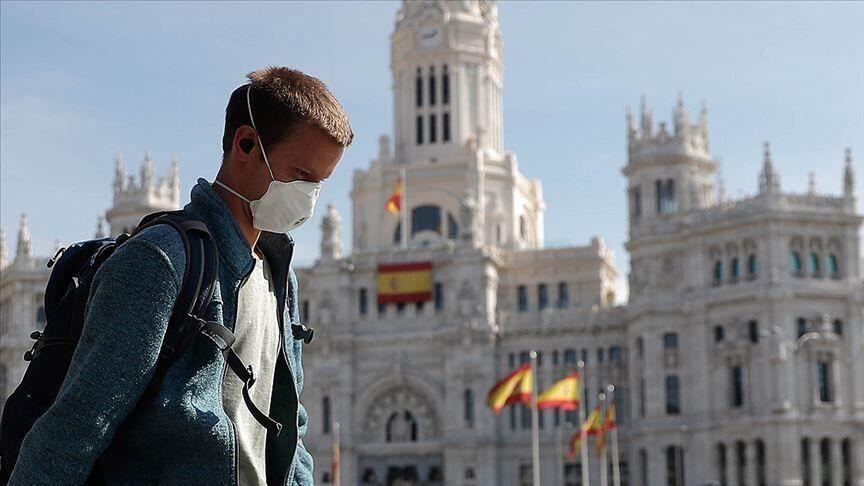 خبرنگاران اسپانیا گذر از پیک شیوع کرونا را بیان نمود