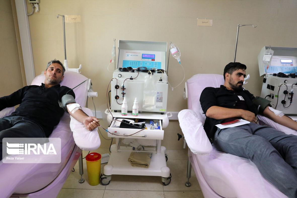 خبرنگاران نذر خون اهدای امید به زندگی و حیات دوباره برای بیماران نیازمند
