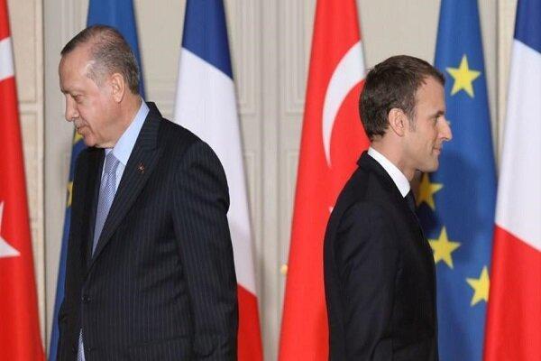 فرانسه سفیر خود را از ترکیه فراخواند