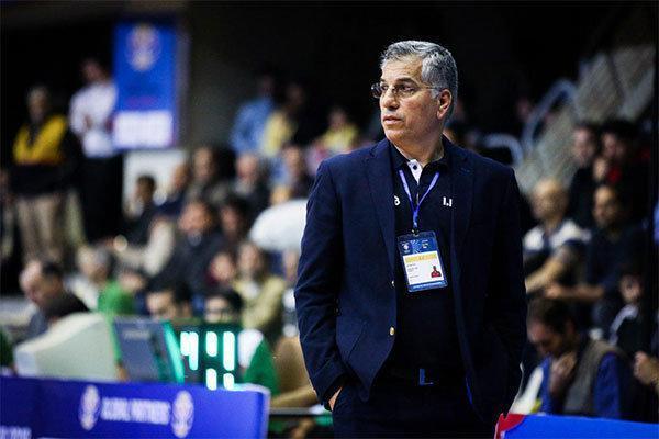 فعالیت باشگاهی سرمربی تیم ملی بسکتبال منع قانونی ندارد
