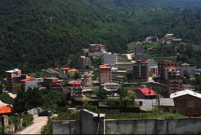 خبرنگاران تخلفات ساختمان در روستاهای آستارا به مراجع ذیصلاح گزارش می گردد