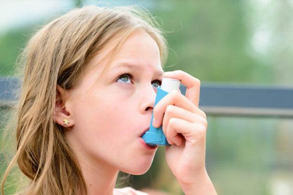 شربت کتوتیفن برای سرفه؛ نحوه مصرف، عوارض و تداخل دارویی