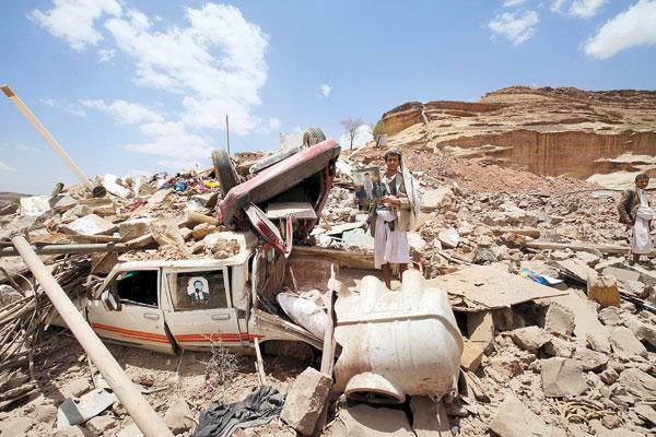 سلفی بایدن با جنازه بچه ها یمنی