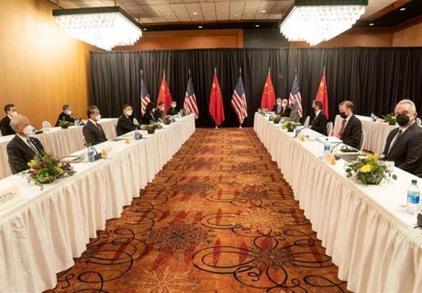 عضو ارشد حزب حاکم چین: ایالات متحده حق ندارد از بالا به چین نگاه کند