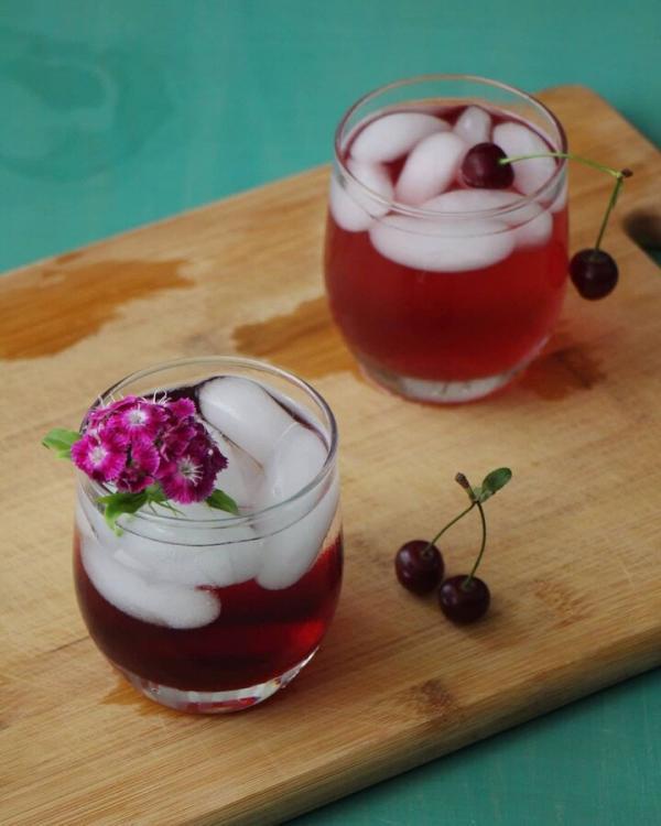 طرز تهیه شربت آلبالو، شربت سکنجبین و شربت گل محمدی خانگی خوشمزه